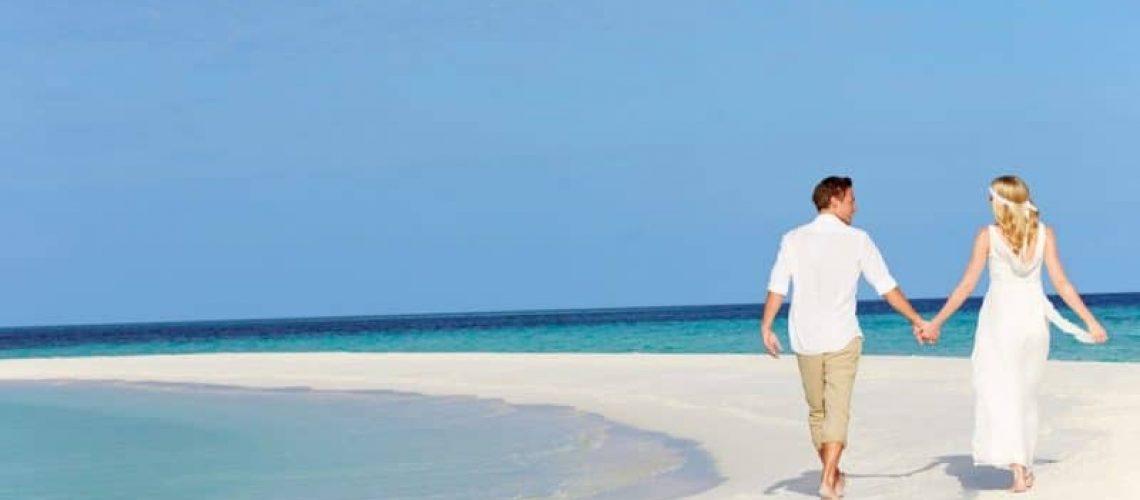 5-Celebrity-Beach-Weddings-That-Makes-Us-Say-I-Do-to-Beach-Weddings-800x533